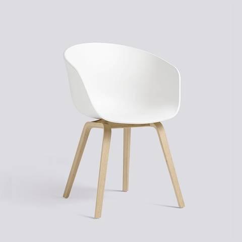 Bilde av AAC 22 White stol HAY